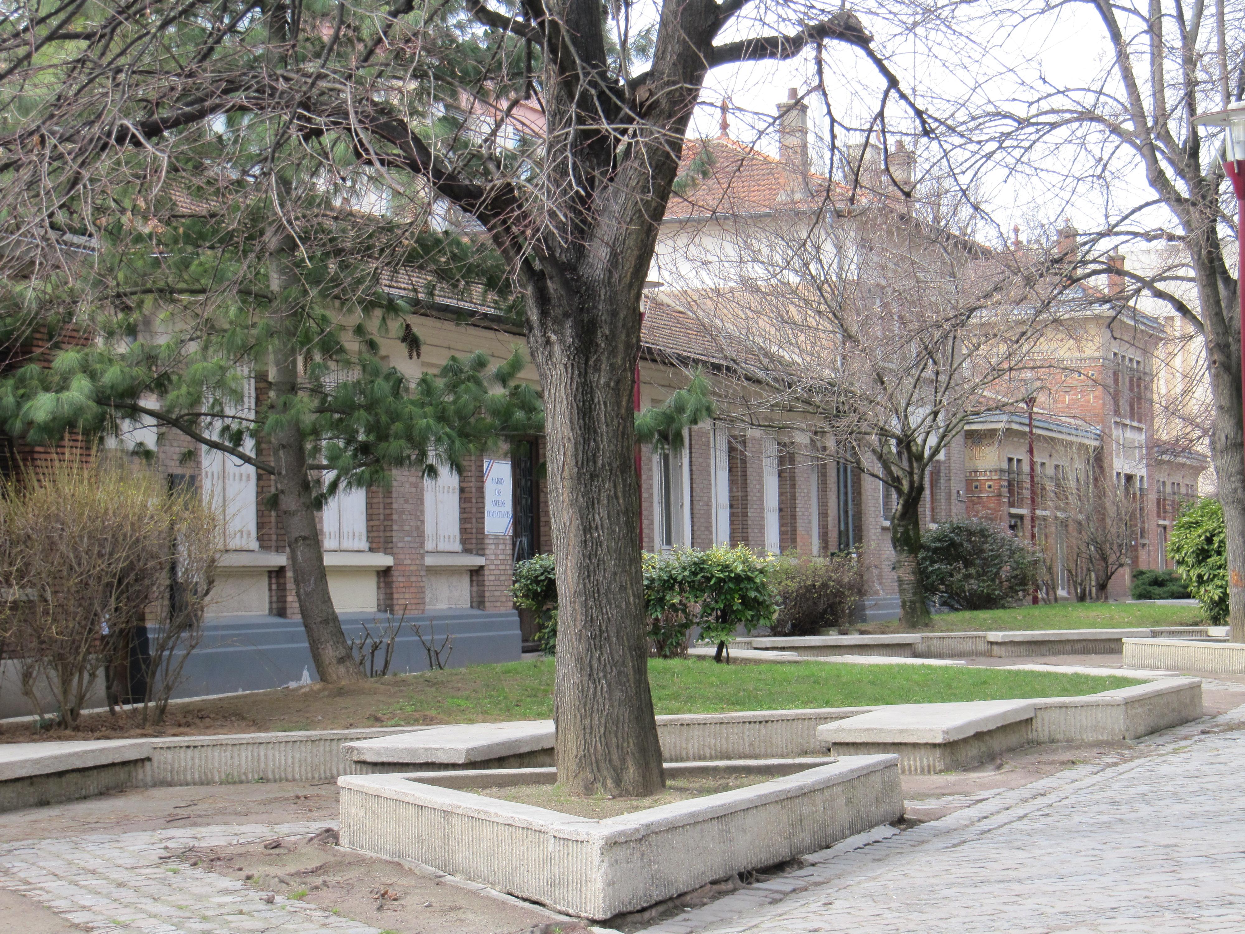 Le patrimoine de seine saint denis saccag par l avidit de leurs lus mur - Vente de domaine public ...